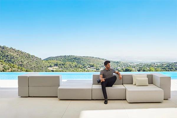 luxury-outdoor-design-furniture-tablet-novelties-ramon-esteve-vondom-2P